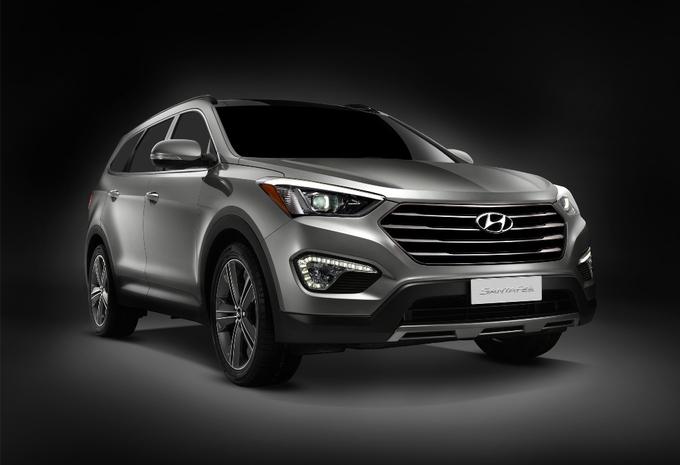 Hyundai Grand Santa Fe #3
