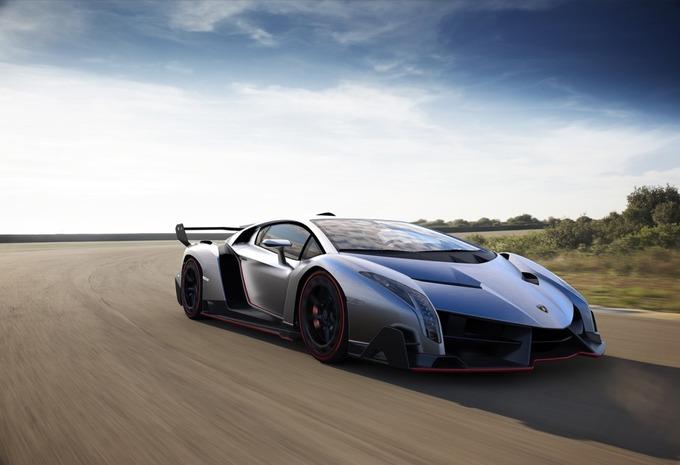 Lamborghini Egoista araba incelemesi