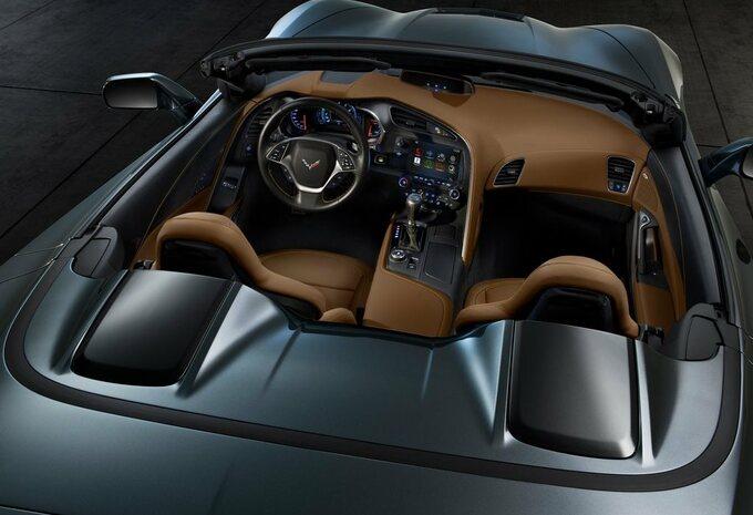 Chevrolet Corvette Stingray Convertible #10
