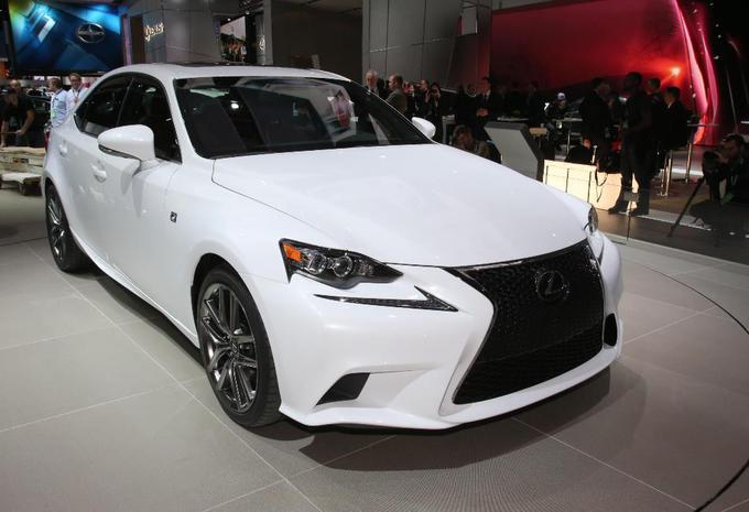 Lexus IS en vidéo #1