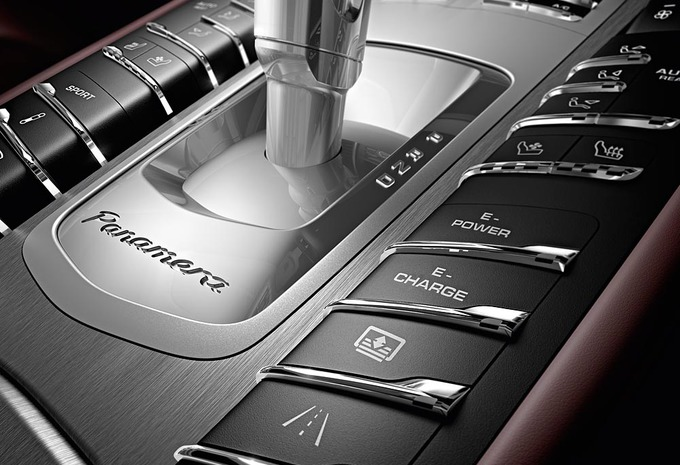 Porsche Panamera #8
