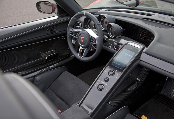 Porsche 918 Spyder #7