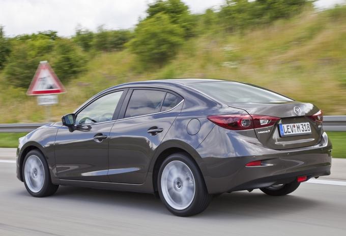 Mazda 3 Sedan #3