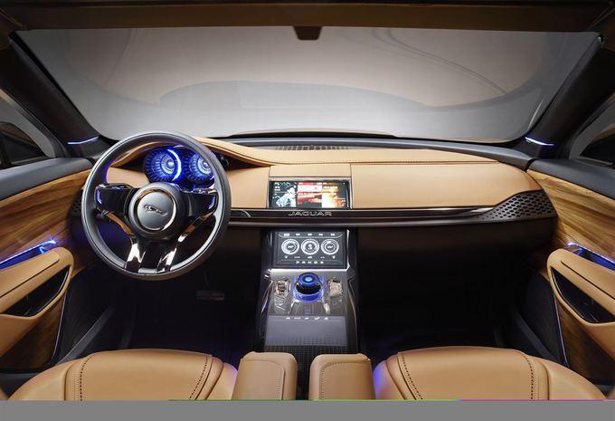 Jaguar CX-17 5 places #2