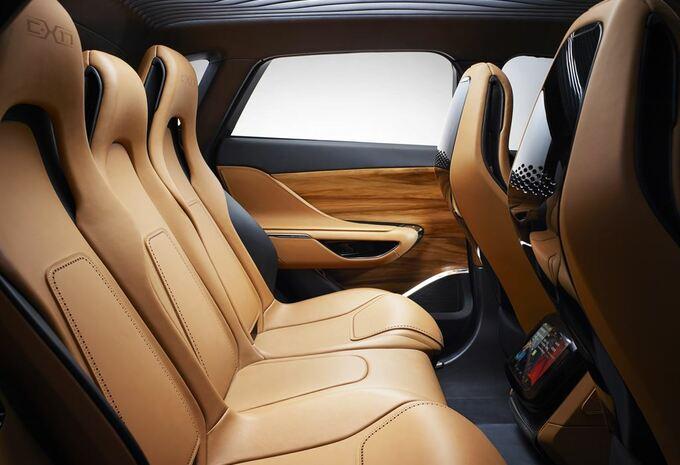 Jaguar CX-17 5 places #4