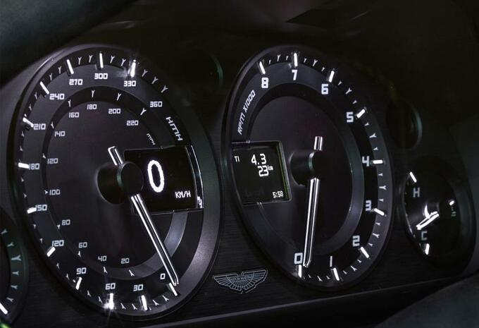 Aston Martin V8 Vantage N430 #8
