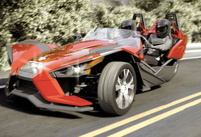 polaris slingshot sensations trois roues moniteur automobile. Black Bedroom Furniture Sets. Home Design Ideas