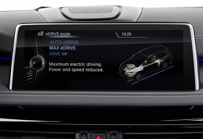 nouveau mod le bmw x5 xdrive 40e hybride rechargeable moniteur automobile. Black Bedroom Furniture Sets. Home Design Ideas