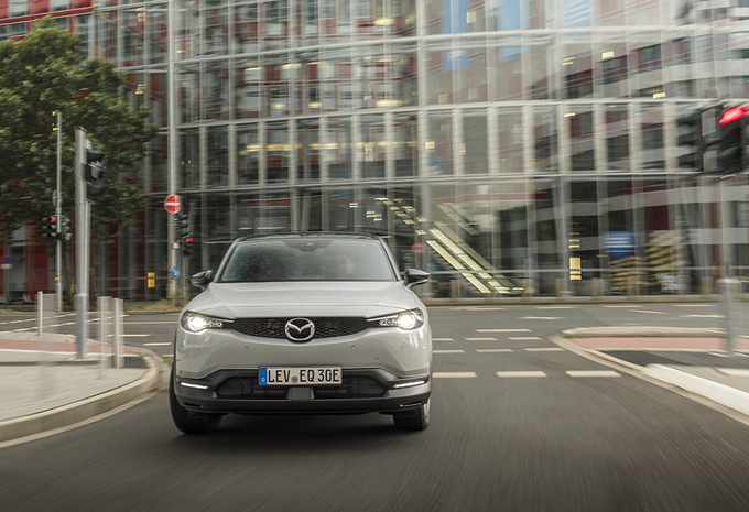 Mazda MX-30 e-Skyactiv : un savoureux contrepoint #1