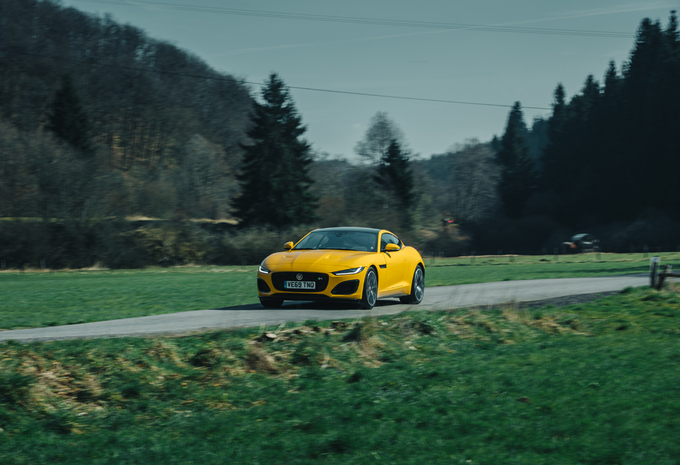 JAGUAR F-TYPE COUPÉ P575 R : Frisse senior #1