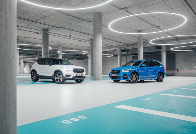 In duel: BMW X1 xDRIVE25e vs. VOLVO XC40 T5 RECHARGE #1