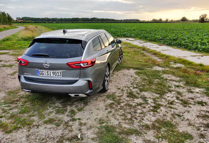 Opel Insignia Sports Tourer GSi (2020) #1