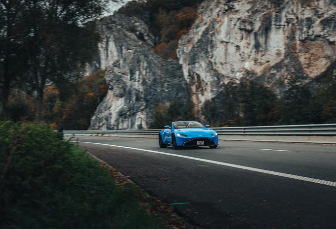 Aston Martin Vantage Roadster (2020) #1