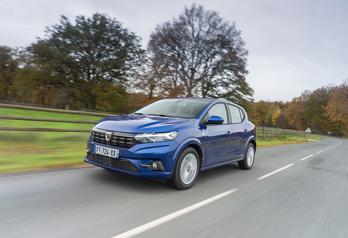 Dacia Sandero : Avance sur héritage #1