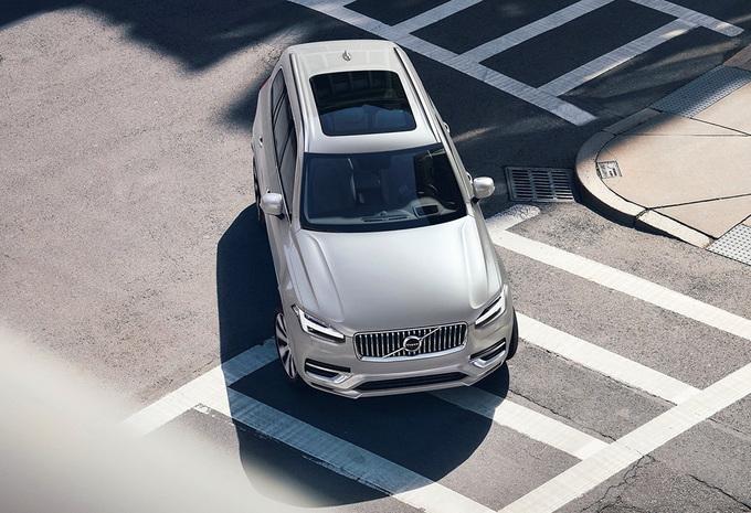 Volvo XC90 B5 Hybrid Diesel (2021) #1