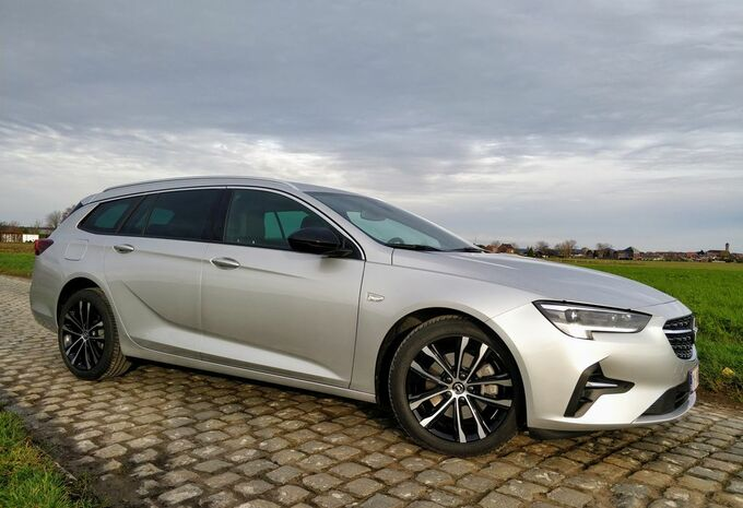 Opel Insignia Sports Tourer 1.5 Turbo D - aangenaam anoniem #1