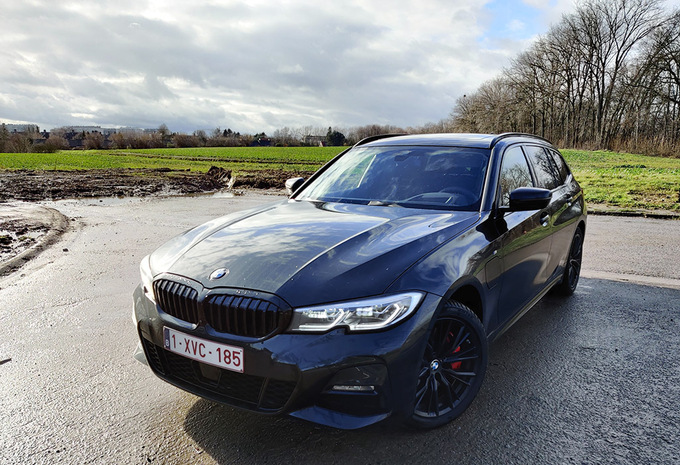 BMW 330e xDrive Touring : break, hybride et 4X4 #1