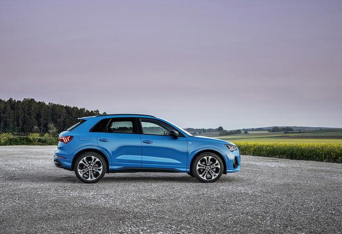 Audi Q3 45 TFSIe Plug-In Hybrid (2021) #1