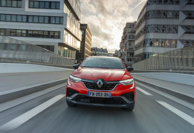 Renault Arkana, SUV coupé grand public #1