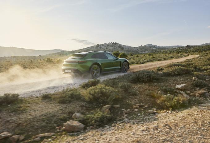 Porsche Taycan Cross Turismo Turbo S : le break furtif #1