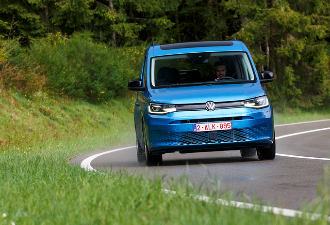 Volkswagen Caddy California Maxi 2.0 TDI 122 DSG : A Room with a view... op wielen #1
