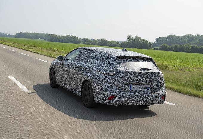2021 Peugeot 308 SW Hybrid 225 - Review AutoWereld