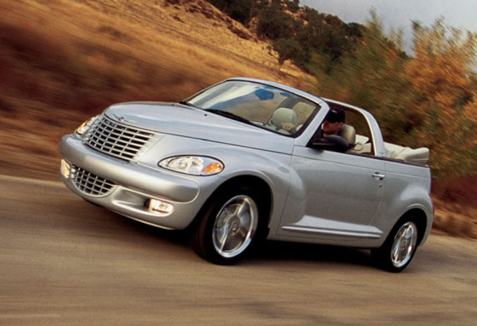 images chrysler pt cruiser cabrio 2 4t moniteur automobile. Black Bedroom Furniture Sets. Home Design Ideas