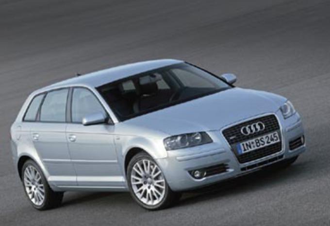 Audi A3 Sportback 1.6 FSI & 2.0 FSI #1