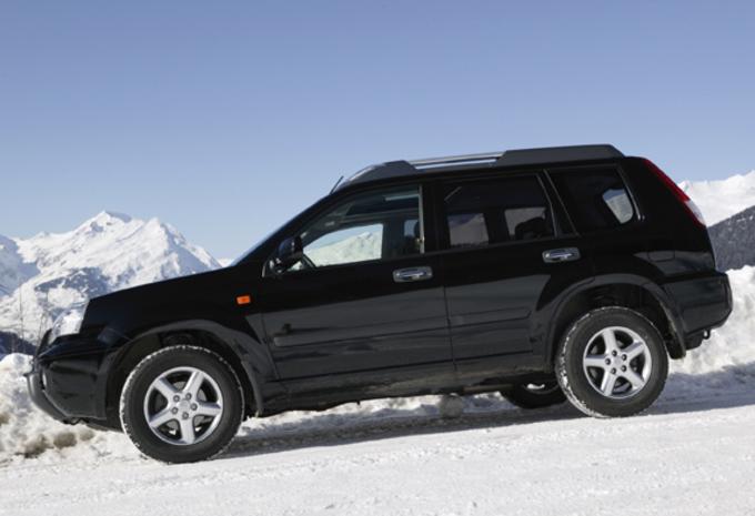 Hyundai Tucson 2.0 CRDi 4WD, Land Rover Freelander Td4, Nissan X-Trail 2.2 dCi & Toyota Rav4 2.0 D-4D #1