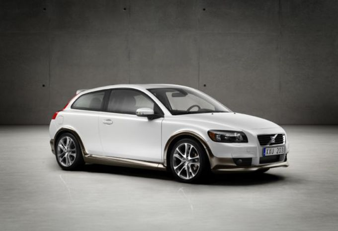 images volvo c30 moniteur automobile. Black Bedroom Furniture Sets. Home Design Ideas
