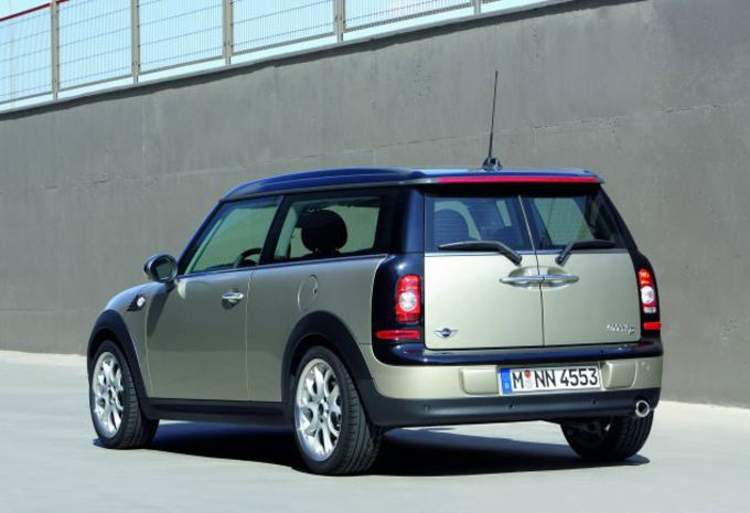 essai mini clubman moniteur automobile. Black Bedroom Furniture Sets. Home Design Ideas