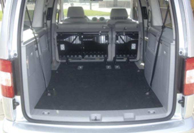 foto 39 s volkswagen caddy maxi 2 0 tdi autogids. Black Bedroom Furniture Sets. Home Design Ideas