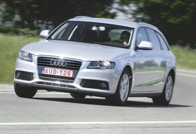 essai audi a4 avant 1 8 t 2 0 tdi moniteur automobile. Black Bedroom Furniture Sets. Home Design Ideas