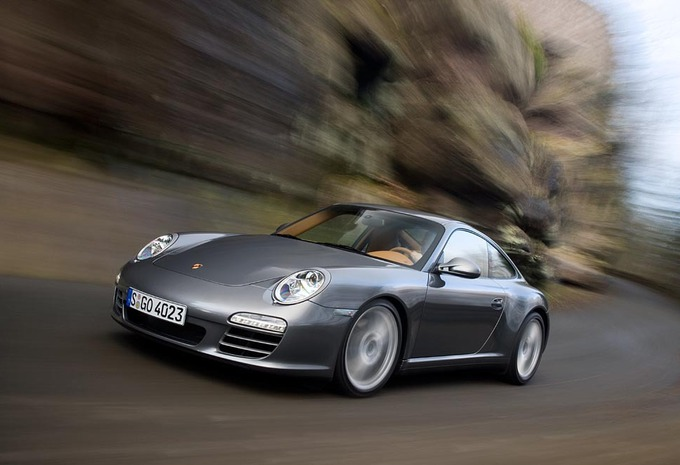 Porsche 911 Carrera 4  #1