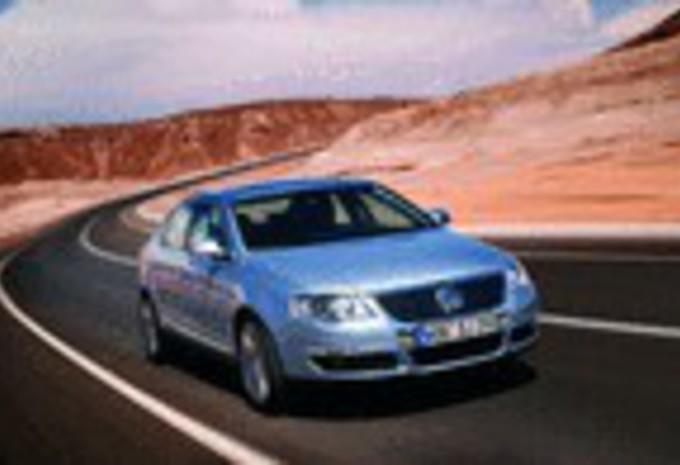 Volkswagen Passat 2.0 Blue TDI #1