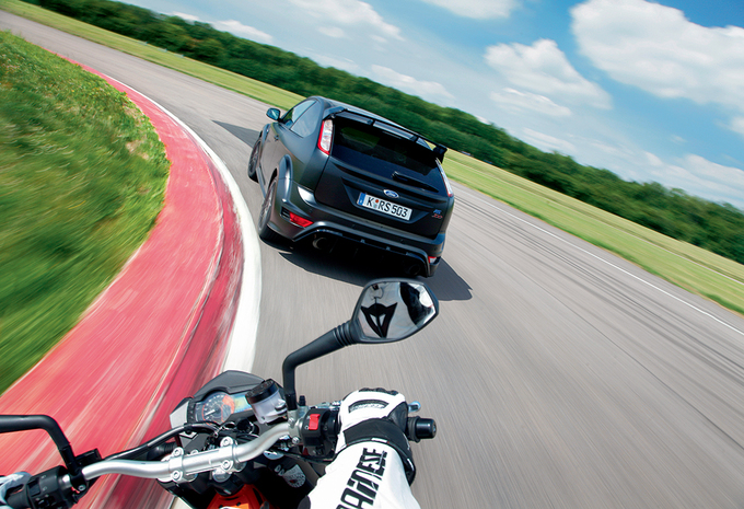 Ford Focus RS & KTM 990 SMR #1