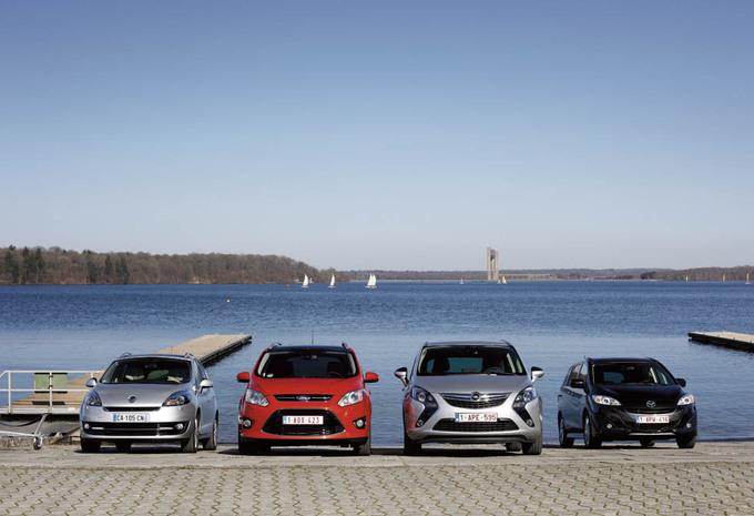 Ford Grand C-Max 2.0 TDCi 136, Mazda 5 1.6 CDVi 115, Opel Zafira Tourer 2.0 CDTI 130 et Renault Grand Scénic 1.6 dCi 130 : La lutte des places #1