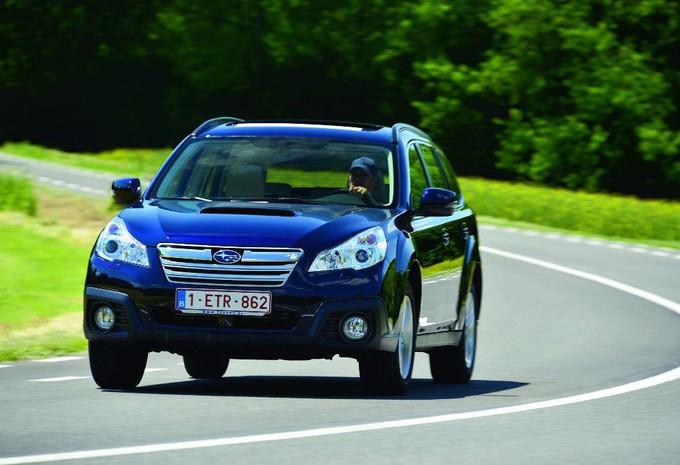 Subaru Outback 2.0D A #1