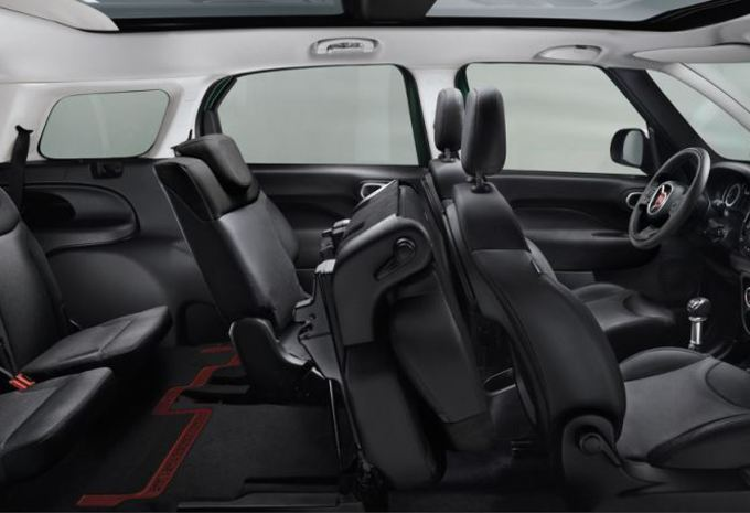 images fiat 500l living moniteur automobile. Black Bedroom Furniture Sets. Home Design Ideas