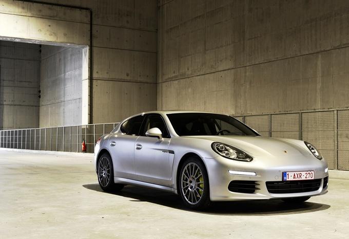 Porsche Panamera S E-Hybrid #1