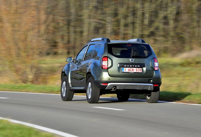 images dacia duster 1 5 dci 110 moniteur automobile. Black Bedroom Furniture Sets. Home Design Ideas