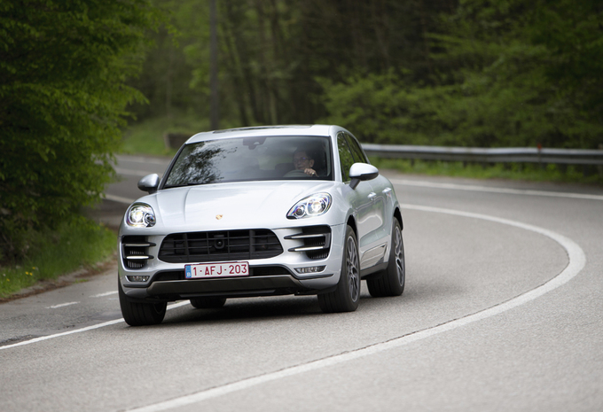 Porsche Macan Turbo #1