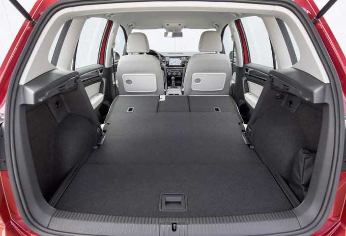 images volkswagen golf sportsvan moniteur automobile. Black Bedroom Furniture Sets. Home Design Ideas
