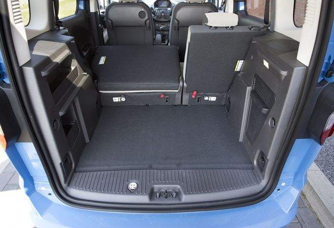 images ford tourneo courier 1 6 tdci moniteur automobile. Black Bedroom Furniture Sets. Home Design Ideas