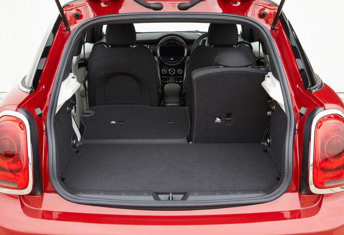 images mini hatch 5 portes moniteur automobile. Black Bedroom Furniture Sets. Home Design Ideas