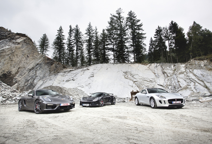 Jaguar F-Type Coupé, Lotus Exige S en Porsche Cayman : Vuurwerk #1