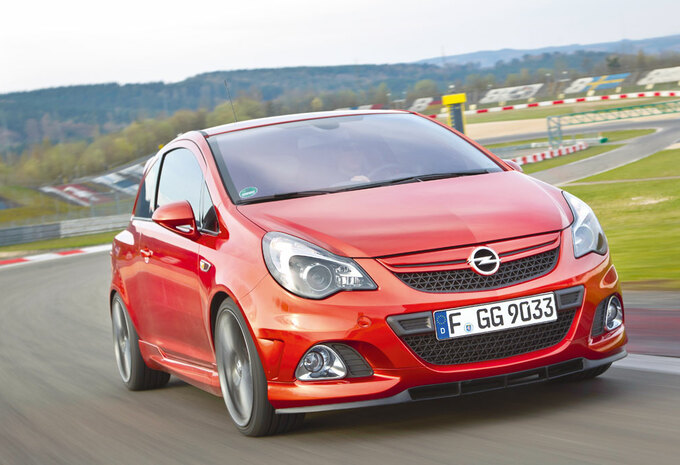 OPEL CORSA OPC NÜRBURGRING EDITION (2011) - Circuittest #1