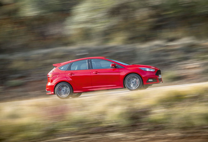 FORD FOCUS ST 2.0 TDCI (2015) #1