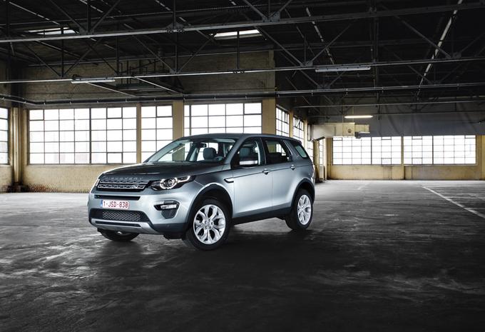 images land rover discovery sport td4 hse moniteur automobile. Black Bedroom Furniture Sets. Home Design Ideas