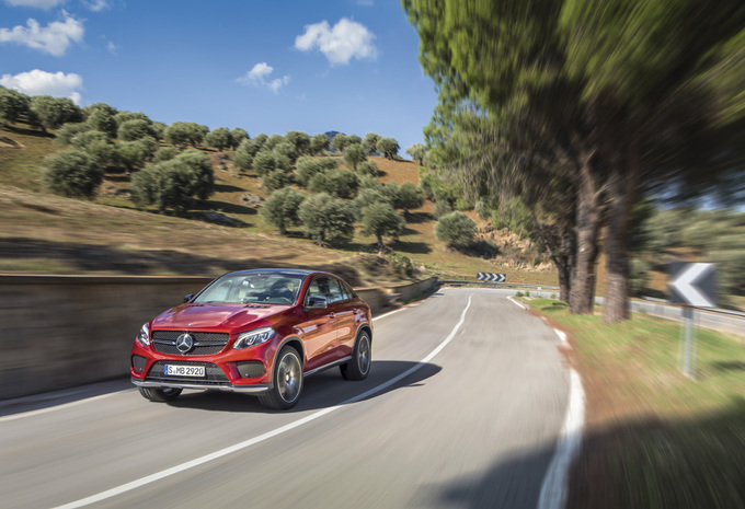 Mercedes GLE Coupé: Game of Clones #1